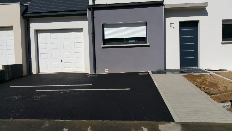 R alisation all e de garage en enrob noir chaud bruz - Allee de garage en enrobe ...
