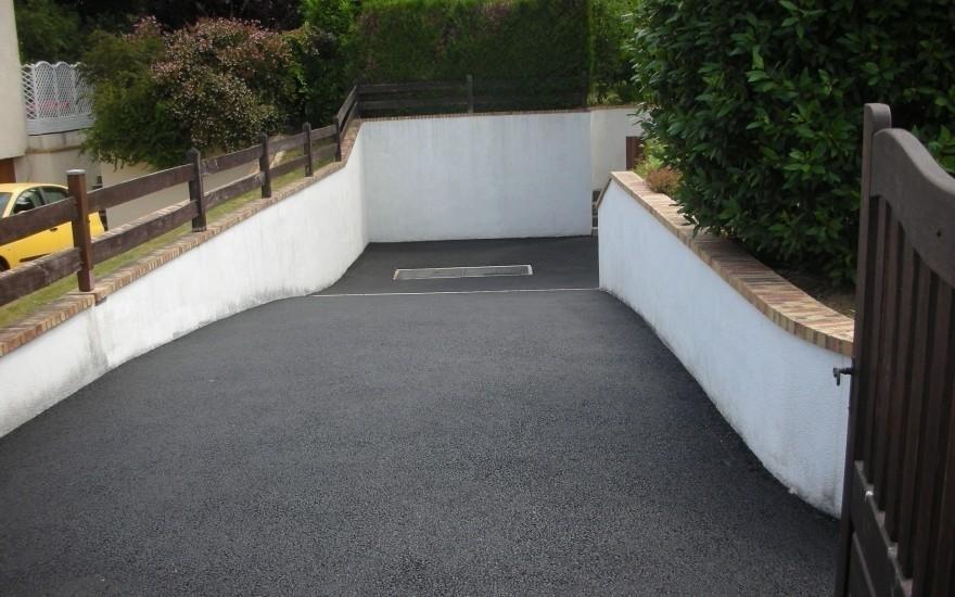 R alisation entr e de garage en enrob chaud boissise le roi - Allee de garage en enrobe ...