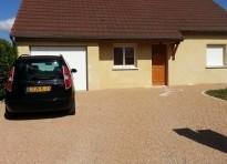 Pour votre cour ou acc s de garage des graviers for Revetement acces garage