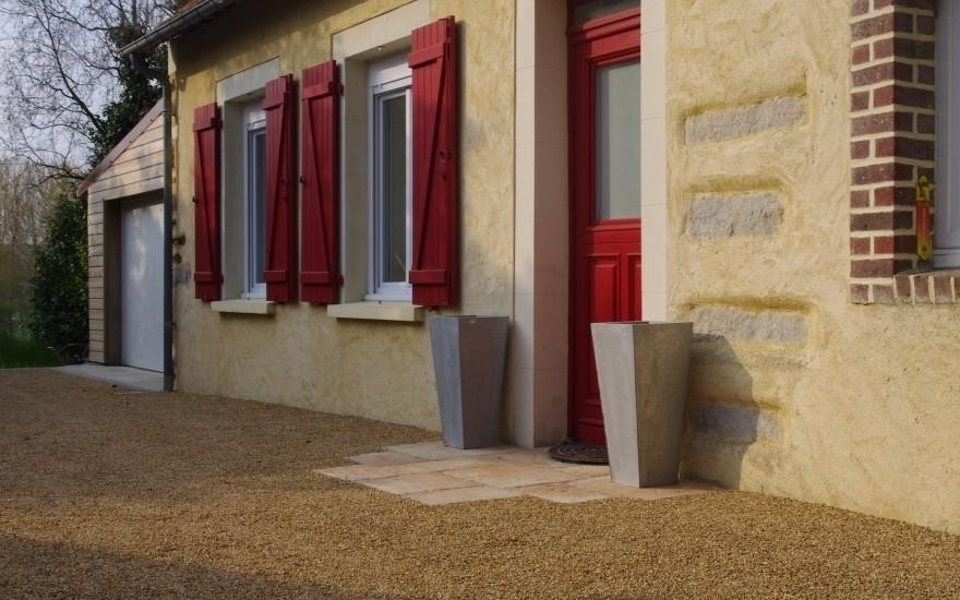 cr ation entr e de maison en dallage pavage r alis par houssemagne fay. Black Bedroom Furniture Sets. Home Design Ideas