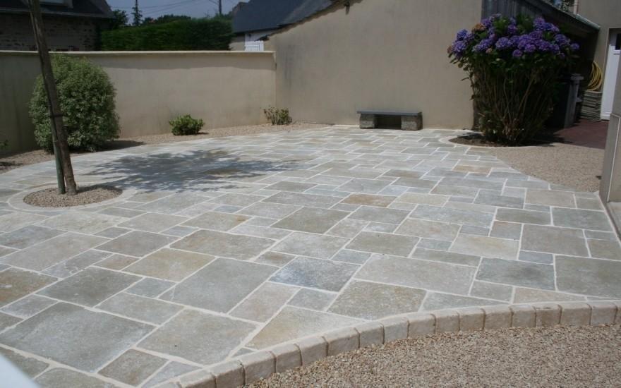 Cr ation terrasse en dallage pierres naturelles et - Prix pierre reconstituee pour terrasse ...