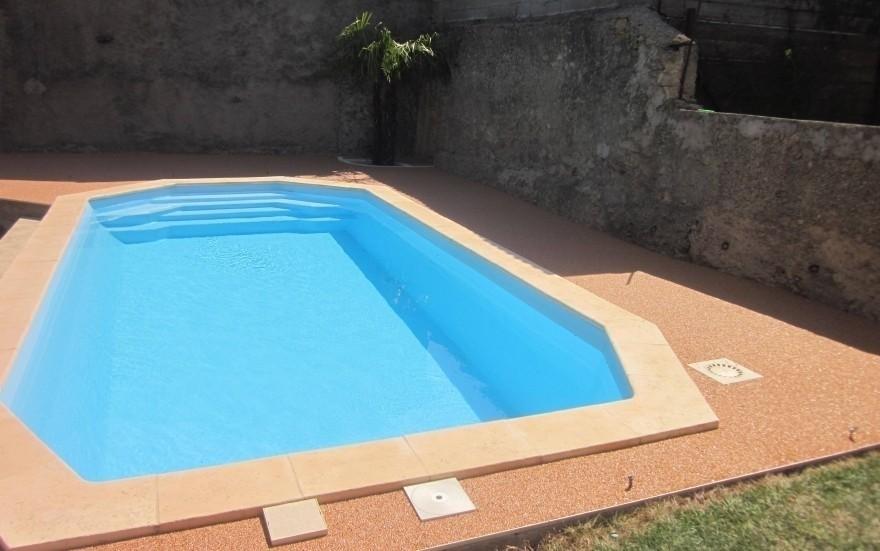 Plage de piscine en hydrostar entreprise michel r alis for Entreprise piscine