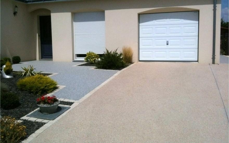 Conception all e de garage en b ton d sactiv entreprise for Revetement pour allee de garage