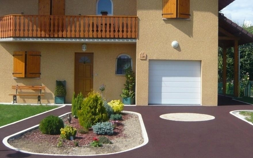 Exemple all e de garage en stardraine en savoie for Pave decoration exterieur